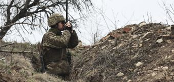 Russia sends chills across West with border troops
