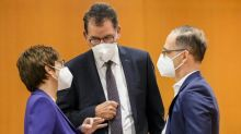 Entwicklungsminister will mehr deutsche Impfdosen an ärmere Länder abgeben