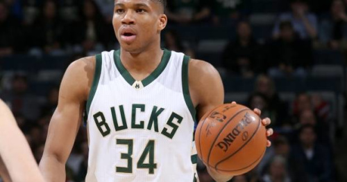 Basket - NBA - Le Top 10 de la nuit : Giannis Antetokounmpo et Karl-Anthony Towns aériens