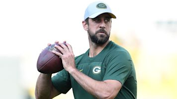 Rodgers stands by criticism of young WRs