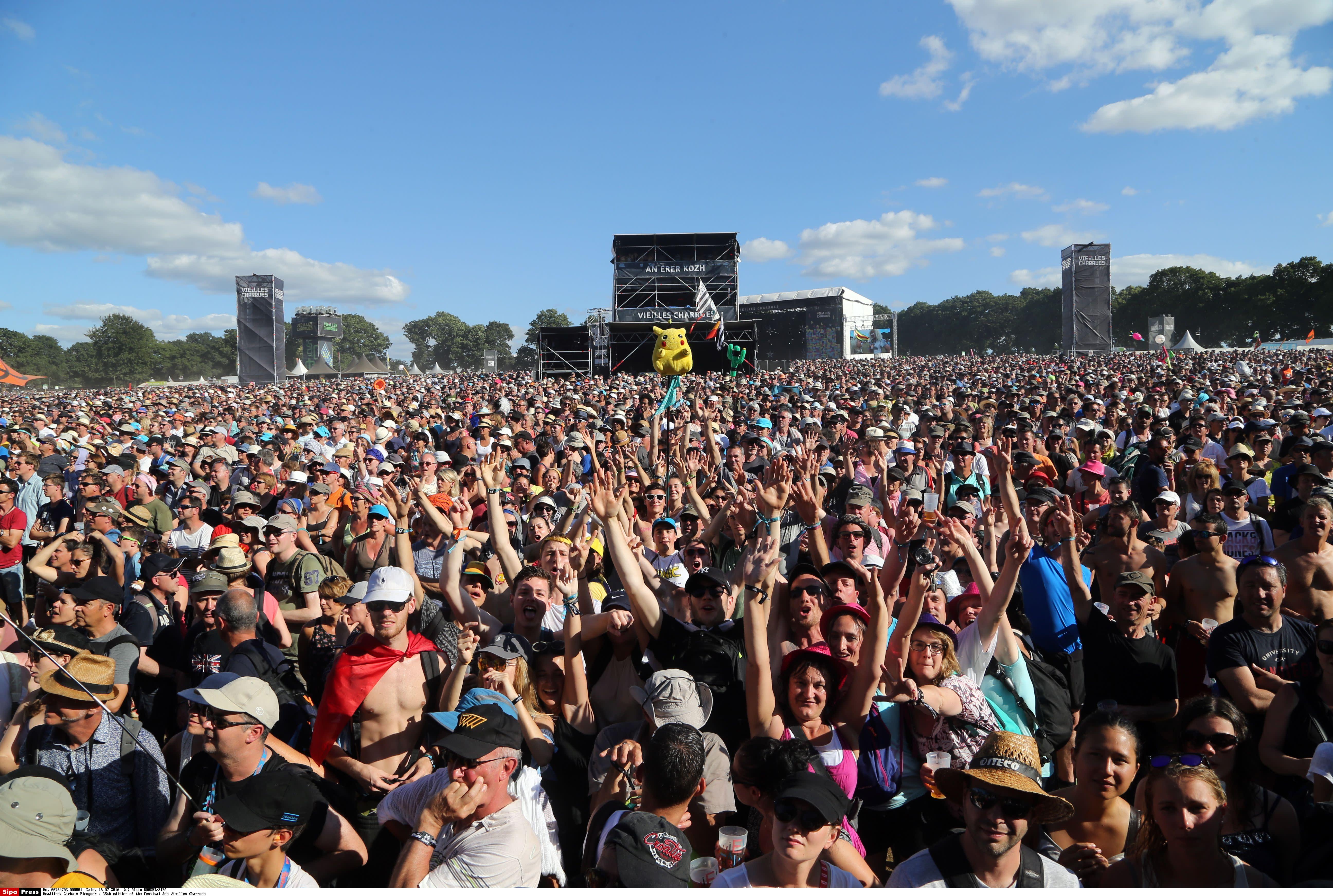 «Mouvement de foule», «accident» et même risque d'attentat: pourquoi l'article25 du texte sécurité globale inquiète les festivals