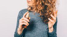 """""""Por primera vez, me gusta mi cabello"""": compradoras confían en este aceite de 11 dólares"""