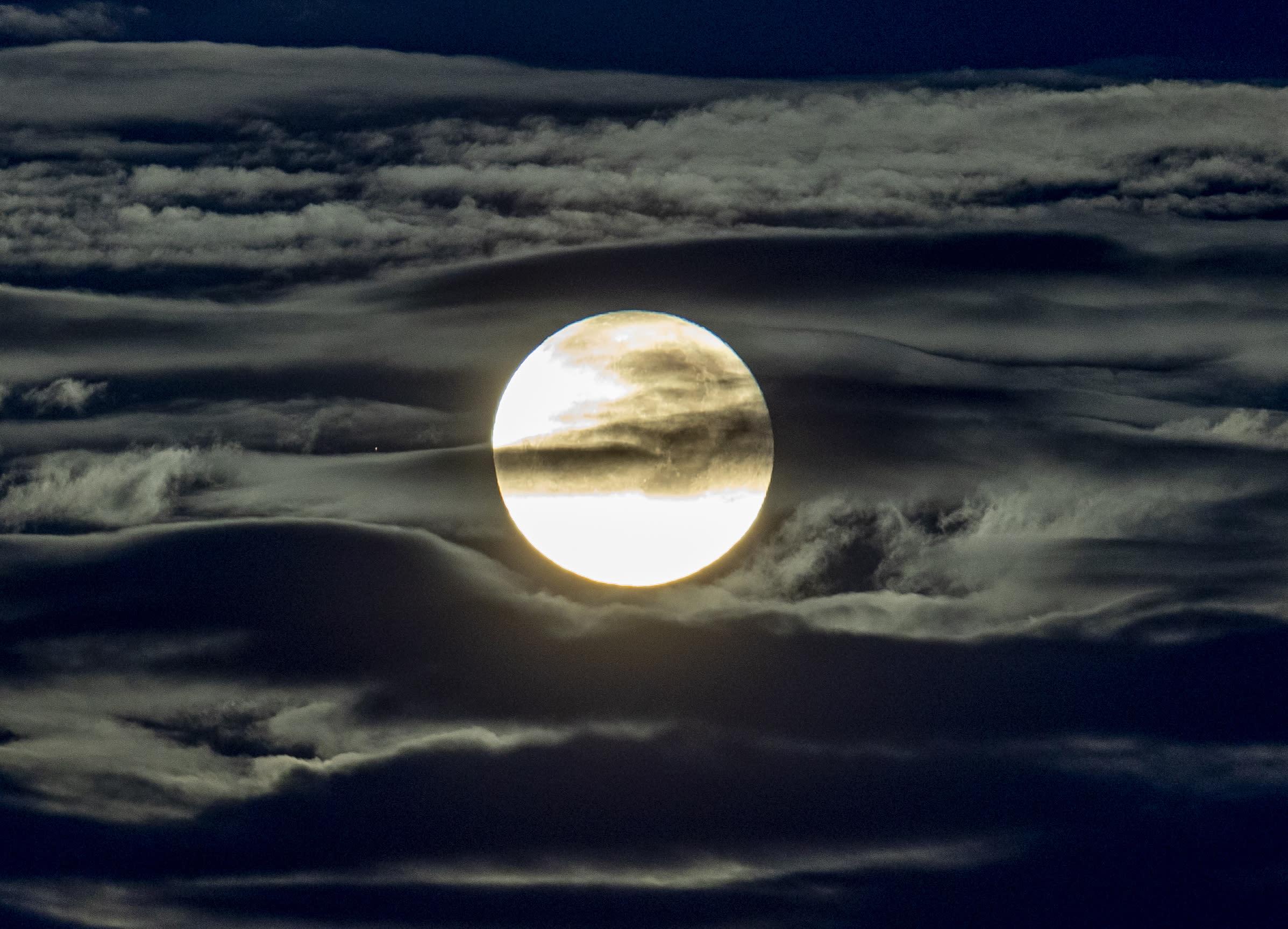 Moonshots Radiation