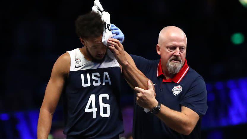 美國男籃再受打擊!馬刺新星左眼受傷,縫了4針所幸無腦震盪!(影)
