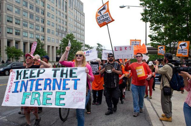 More telecom groups sue to kill the FCC's net neutrality rules