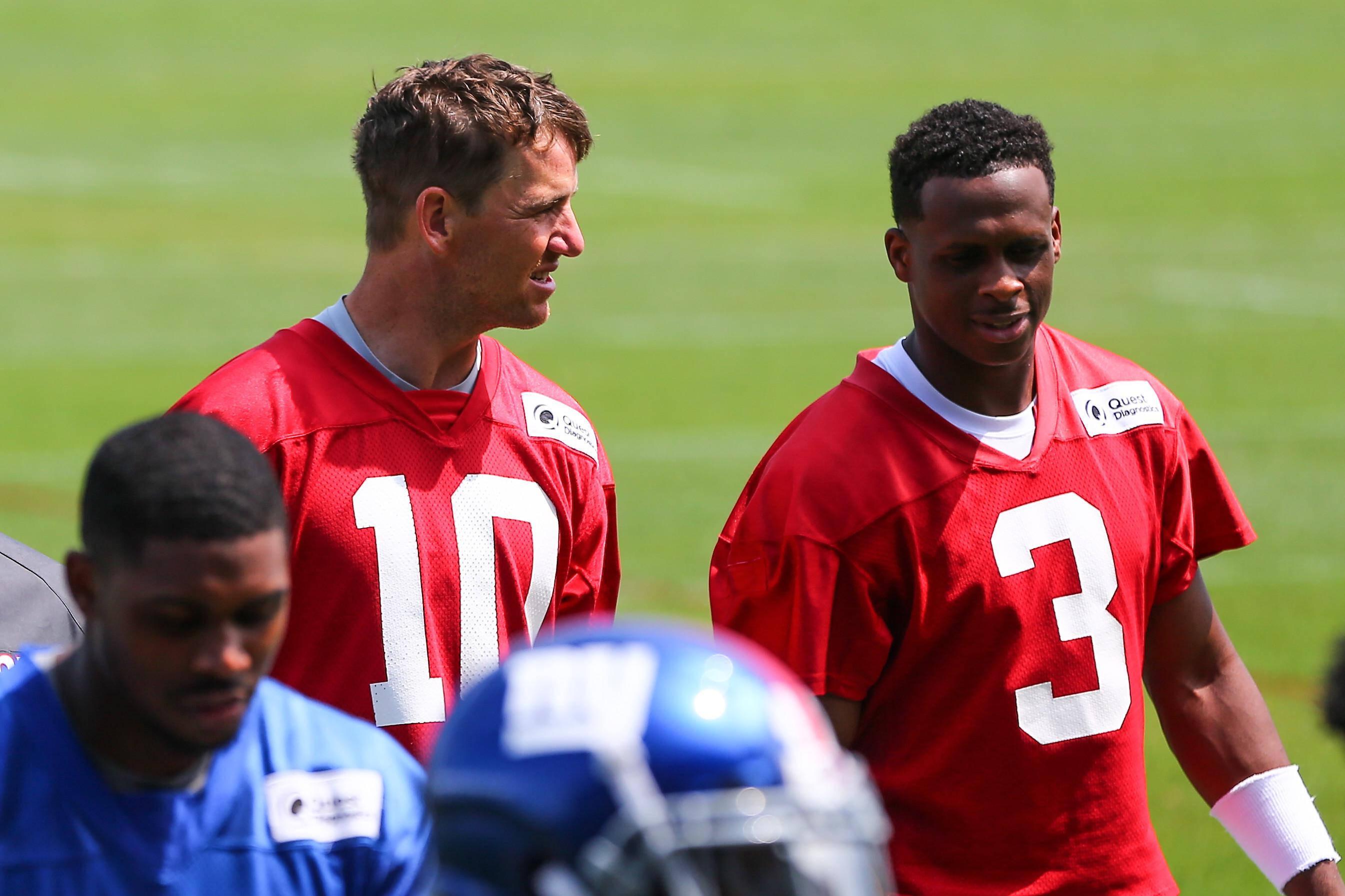 56a6e2754a8 Eli Manning emotional after losing starting QB spot to Geno Smith
