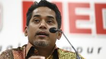 Khairy wants fresh Umno polls amid exodus