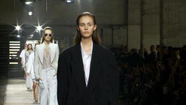Style.com Fashion Shows - Dries Van Noten: Spring 2011 Ready-to-Wear