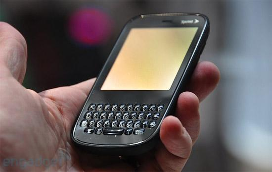 Palm Pixi on sale November 15 exclusively at Sprint for $100 on contract