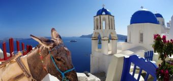 Greece bans overweight tourists from attraction