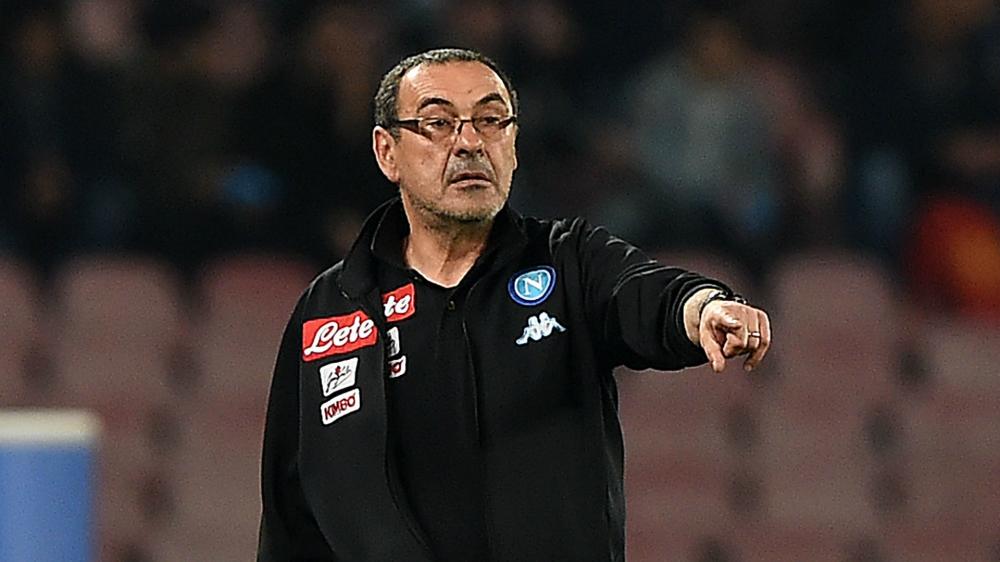 """Napoli, Sarri 'chiama' De Laurentiis: """"Un ciclo finisce con la cessione dei giocatori"""""""