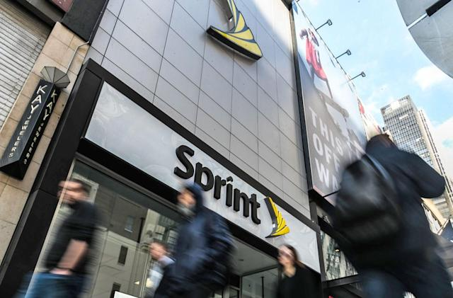 Sprint and HTC will release a 5G hotspot in 2019