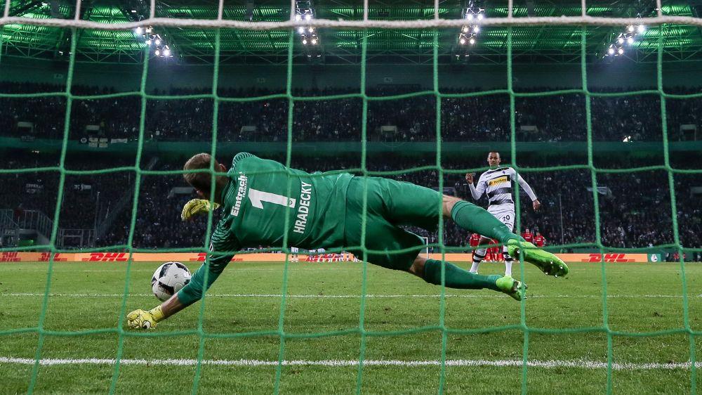 UEFA-Test: Kommt die Revolution im Elfmeterschießen?