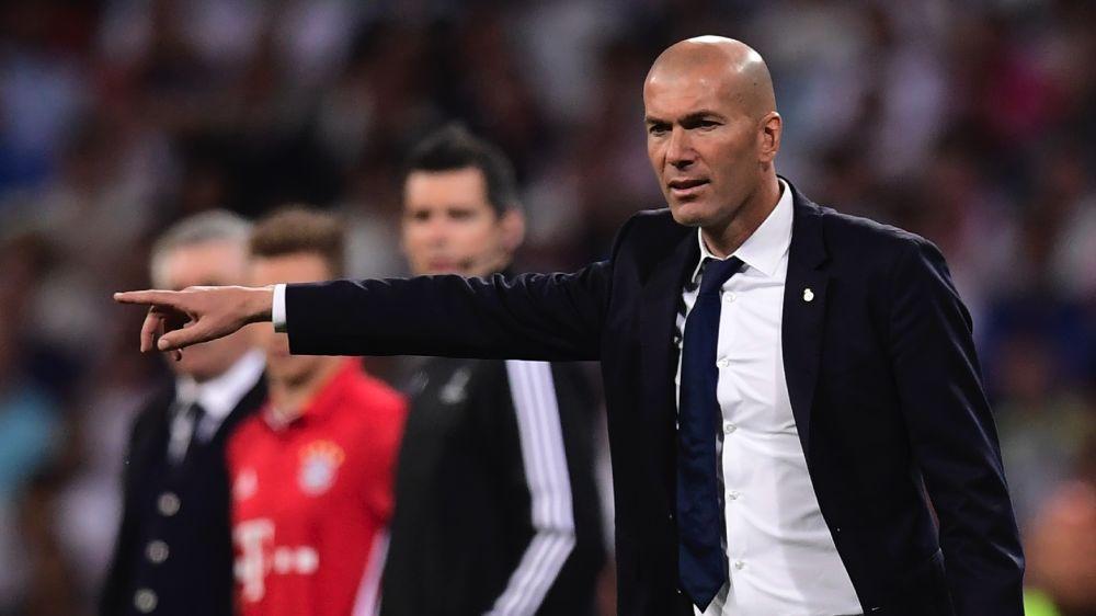 """Zidane e l'arbitraggio di Real-Bayern: """"Ancelotti inc***to, ma semifinale meritata"""""""