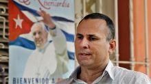 Familiares tachan de fraude el cargo criminal contra el disidente Ferrer en Cuba