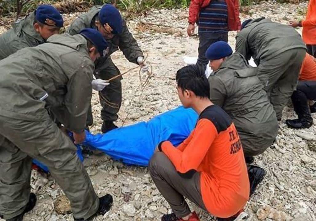Hundreds killed in Indonesia quake-tsunami | New Straits