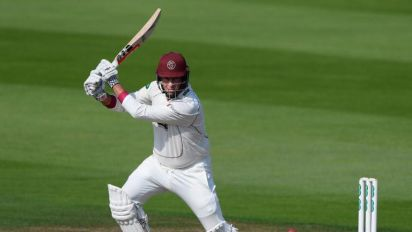 Marcus Trescothick hits record Somerset ton as three top-flight games are drawn
