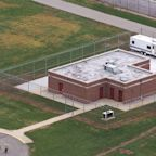 Federal appeals court, calling COVID-19 threat 'frivolous,' rules to allow first federal execution in 17 years