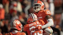 AP Top 25: Alabama closes gap with Clemson; Liberty in
