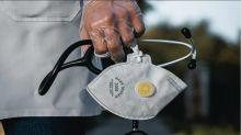 囤醫療物資轉售7倍價 不肖商8萬N95口罩全充公
