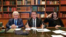 """Bolsonaro faz referência a Doria como """"hipócrita, idiota, boçal e aprendiz de ditador"""""""