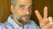 """Bruno Gagliasso pressiona governo após falta de oxigênio: """"Assassinos"""""""
