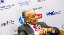 PM: Only the blind, dumb and deaf think PH and BN alike