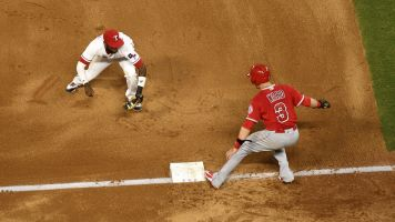 Rangers pull off WILD triple play vs. Angels