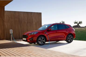 Ford Kuga PHEV尚未解決電池過熱問題,生產銷售將延至2021年才能恢復,銷售與碳排達標皆受影響