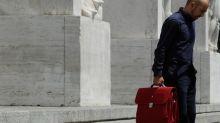 Borsa Milano riduce rialzo, forti Tim, Mediaset, Leonardo, scivola Mediobanca