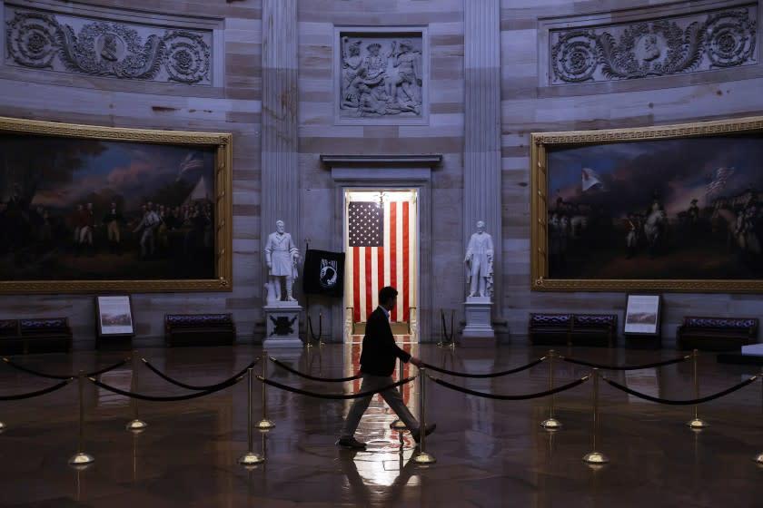 Trump signs $2-trillion coronavirus stimulus package