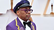 Director Spike Lee pays tribute to the late Kobe Bryant on the Oscars red carpet