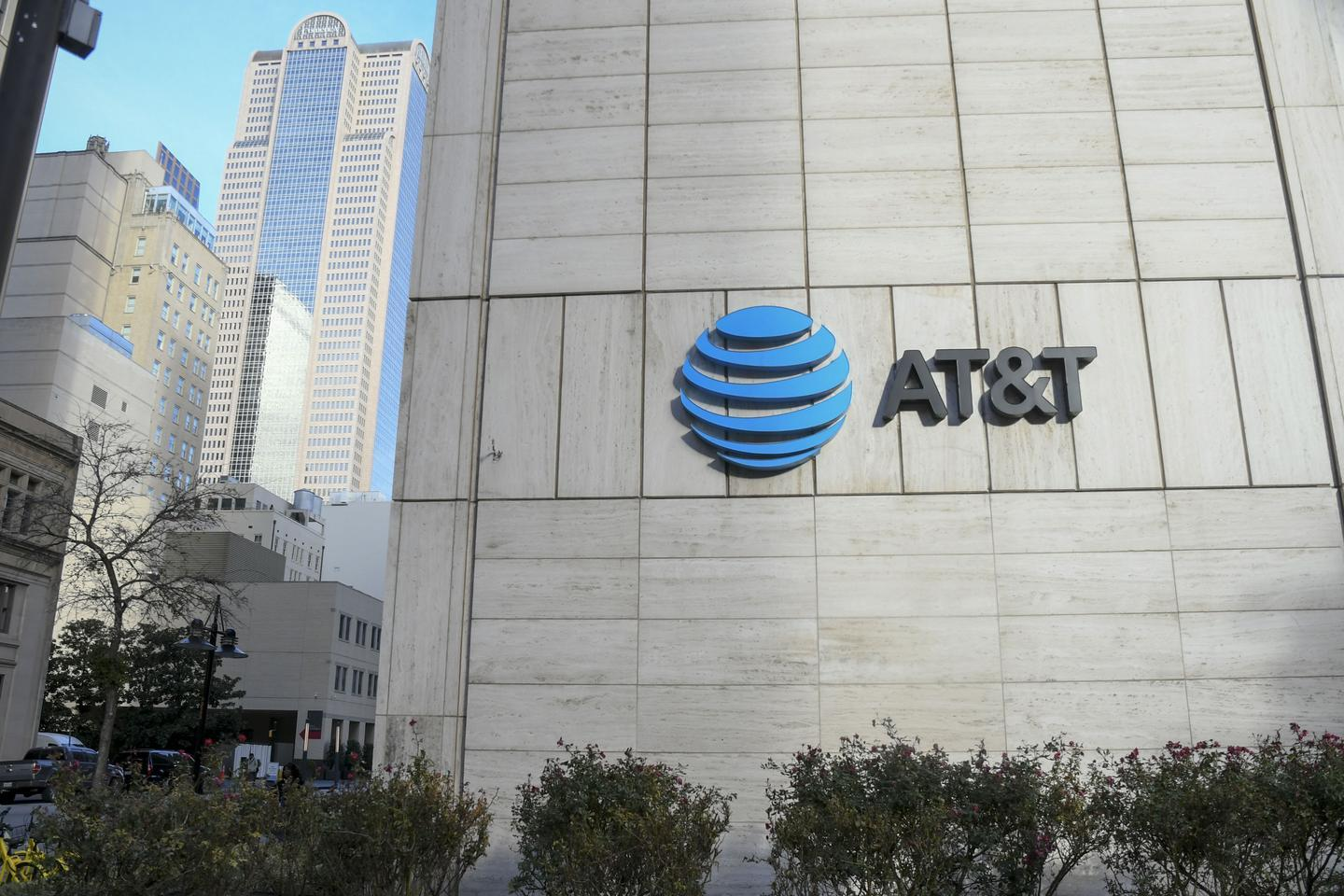 News post image: AT&T's past acquisitions are in 'COVID-19 cross-hairs' as company is too diversified, analysts say