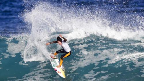 Silvana Lima avança em Bells Beach e busca vaga nas quartas
