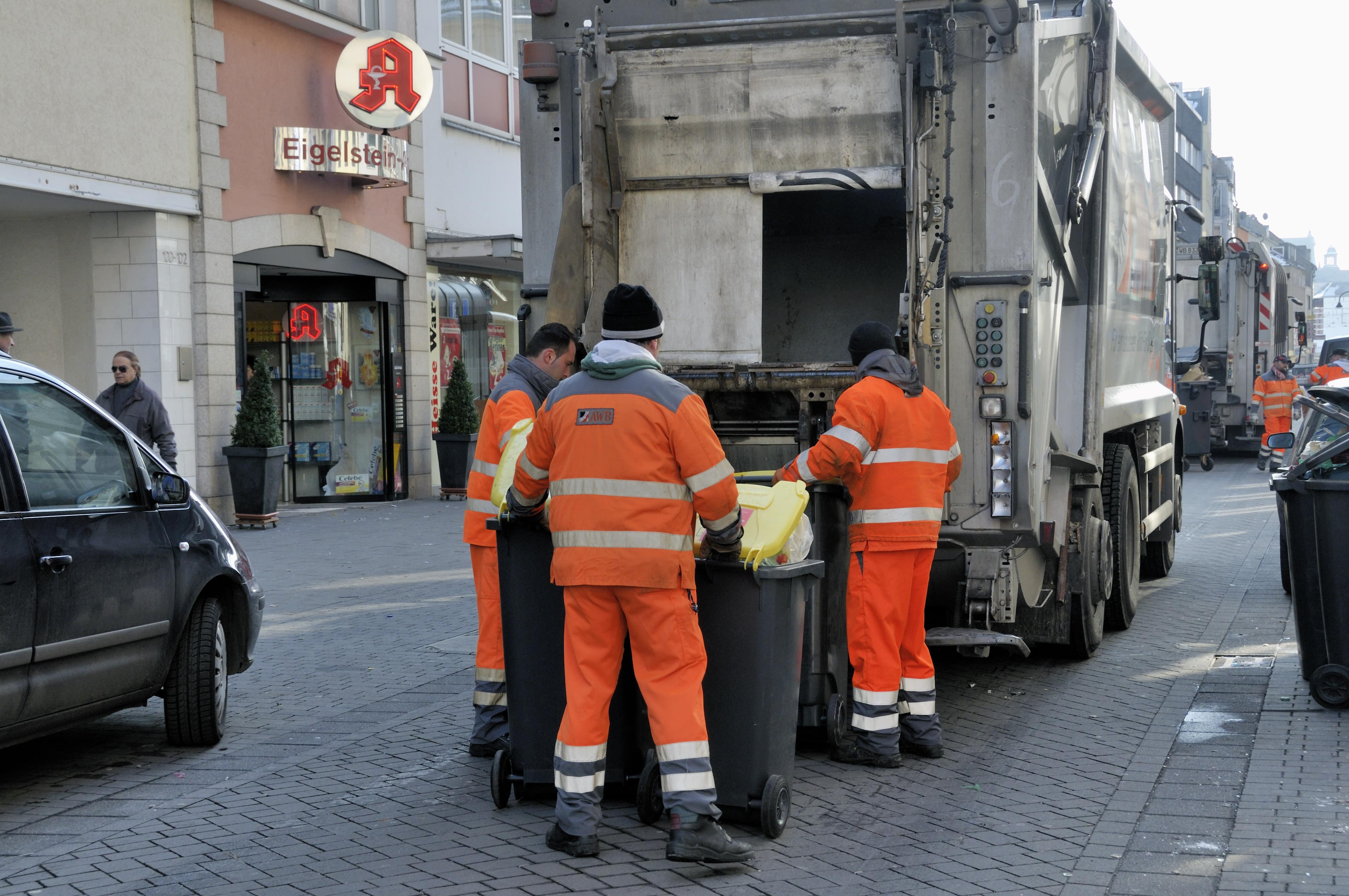 Beruf Müllmann: Anstrengend, stinkig - aber gut bezahlt?