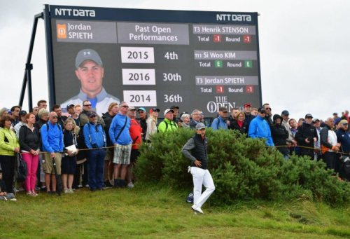 Jordan Spieth had himself a solid early round at the Open Championship. (Getty)