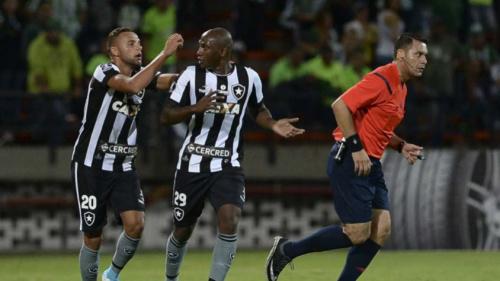 Nove botafoguenses voltam da Colômbia para a final da Taça Rio