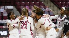UMass loses in heartbreaking fashion to VCU on Friday night, 72-69