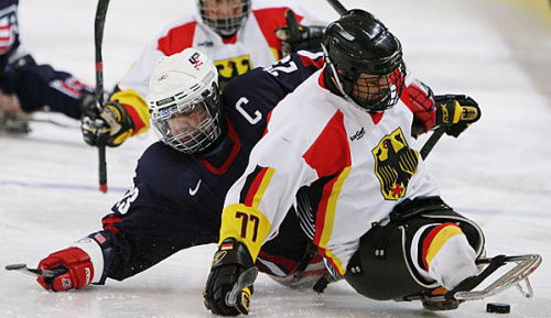 Eishockey: WM im Para-Eishockey: Auftaktniederlage für deutsches Team