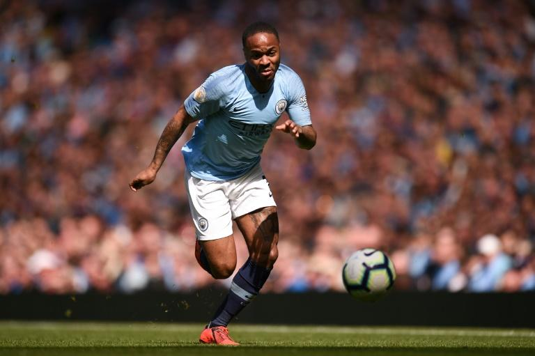 71bbf5a01 O atacante do Manchester City Raheem Sterling conduz a bola em uma partida  da Premier League contra o visitante Tottenham Hotspur no dia 20 de abril  de 2019