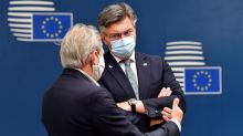 Splits remain as EU talks enter third day