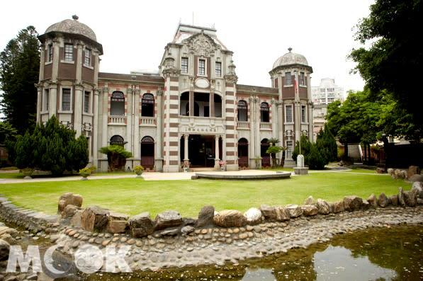 興建於日本大正三年,曾是鹿港辜家辜顯榮宅邸,現在是鹿港民俗文物館。(圖/MOOK)