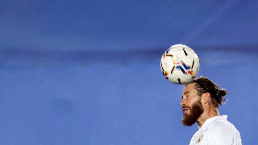 """De la Red: """"Si Raúl tiene que entrenar al Real Madrid está capacitado"""""""