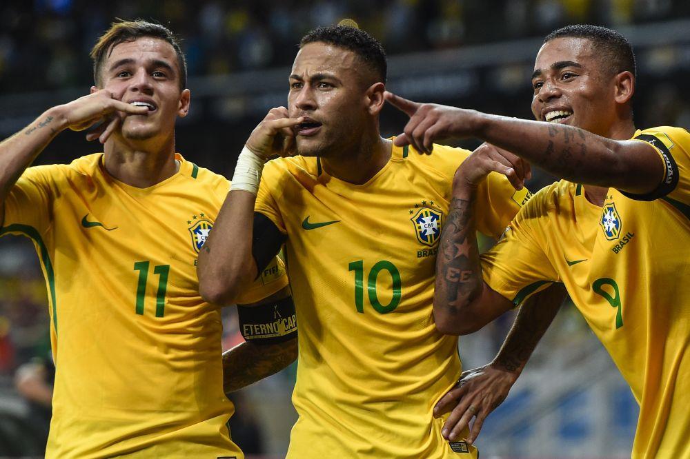 Boy invades Brazil training to meet Barcelona star Neymar
