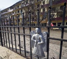 Armenia, Azerbaijan vow to avoid targeting residential areas