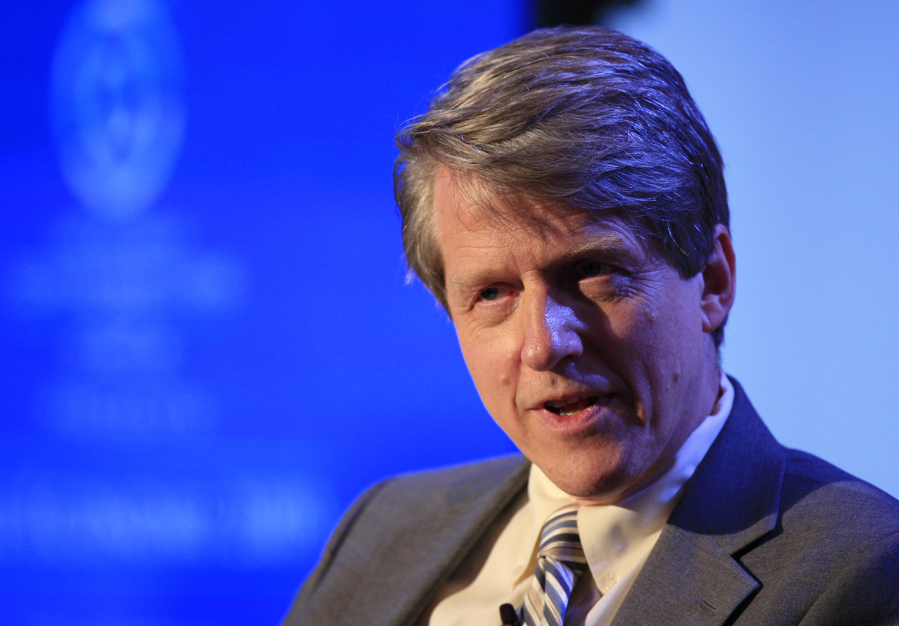 Nobel-winning economist Robert Shiller: We're 'sneaking back into the old 2006 mentality'