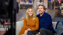 """Kristen Bell Says Dax Shepard Is """"Addicted to Growth"""" Post-Relapse"""