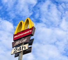 McDonald's (MCD) Halts Reopening of Dining Rooms for 21 Days