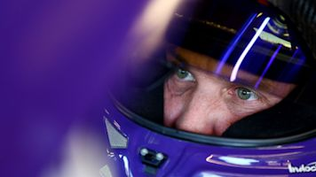 Hamlin earns pole position at Homestead