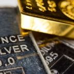 Gold Prices Stay in Range